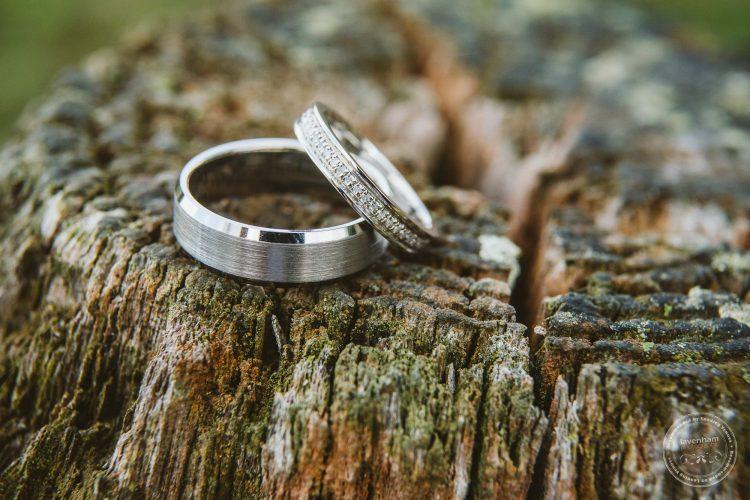 011016-moreves-barn-wedding-photographer-essex-006