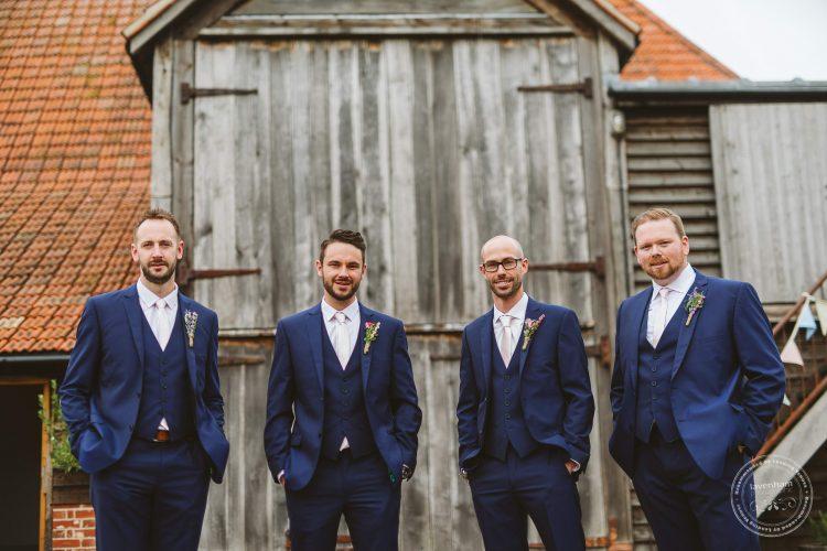011016-moreves-barn-wedding-photographer-essex-039