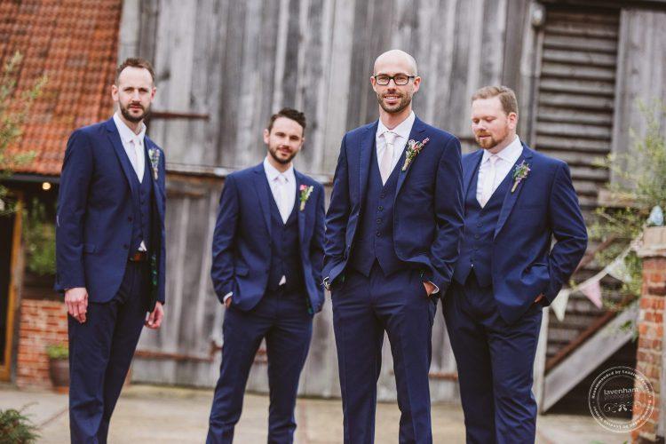 011016-moreves-barn-wedding-photographer-essex-041