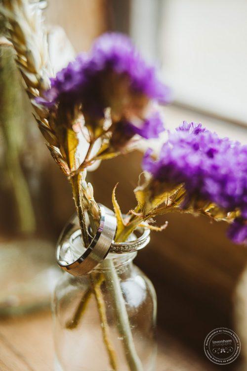 011016-moreves-barn-wedding-photographer-essex-043