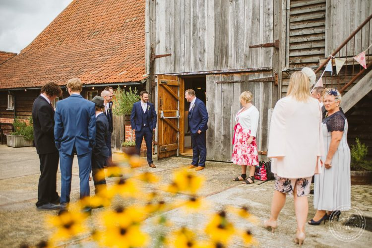 011016-moreves-barn-wedding-photographer-essex-048