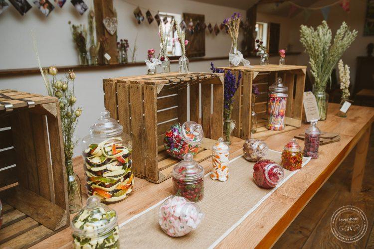 011016-moreves-barn-wedding-photographer-essex-054