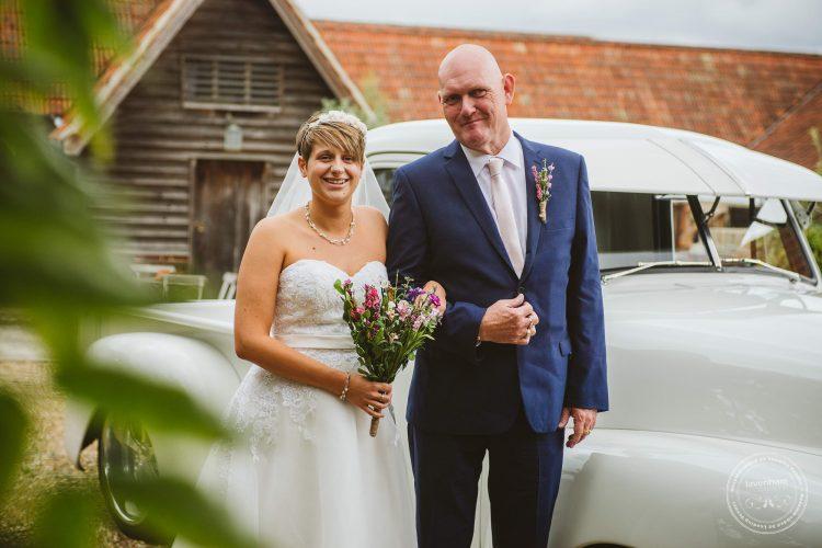 011016-moreves-barn-wedding-photographer-essex-056