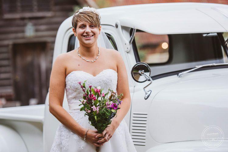 011016-moreves-barn-wedding-photographer-essex-058
