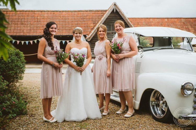 011016-moreves-barn-wedding-photographer-essex-059