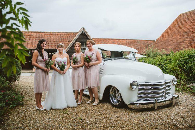 011016-moreves-barn-wedding-photographer-essex-060