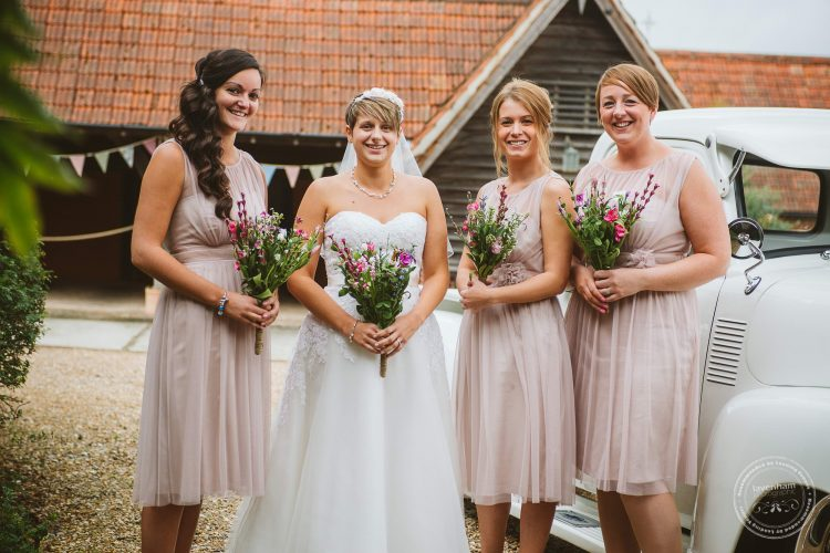 011016-moreves-barn-wedding-photographer-essex-061