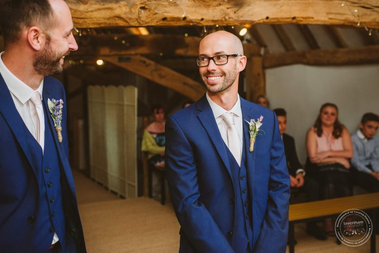 011016-moreves-barn-wedding-photographer-essex-069