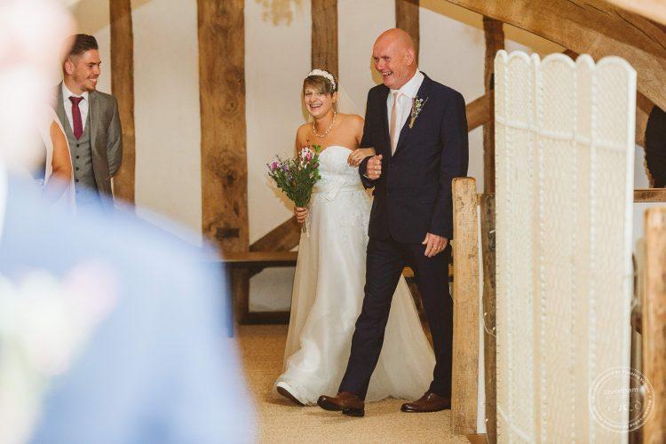 011016-moreves-barn-wedding-photographer-essex-071