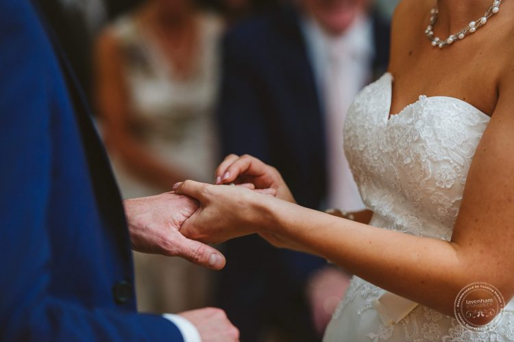 011016-moreves-barn-wedding-photographer-essex-078
