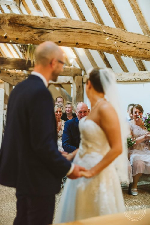 011016-moreves-barn-wedding-photographer-essex-081