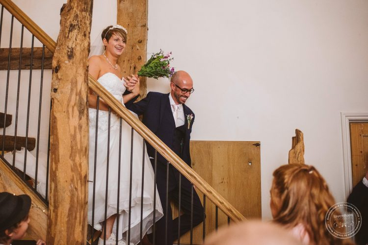 011016-moreves-barn-wedding-photographer-essex-085