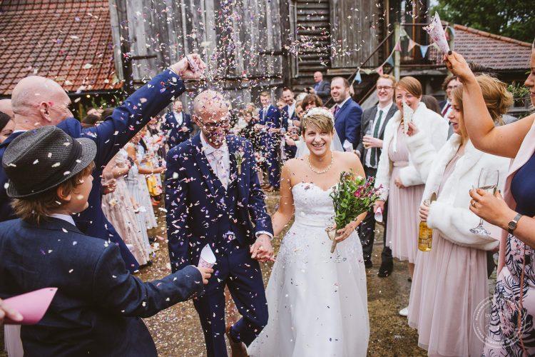 011016-moreves-barn-wedding-photographer-essex-091
