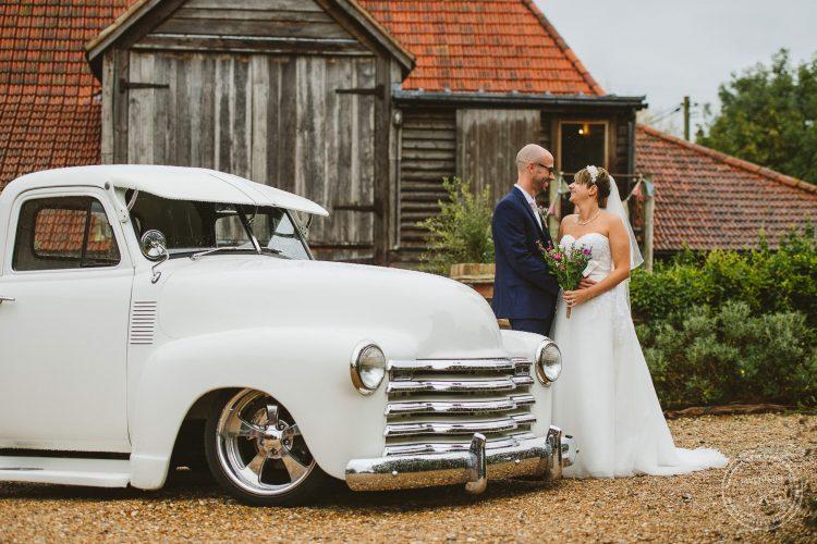 011016-moreves-barn-wedding-photographer-essex-097