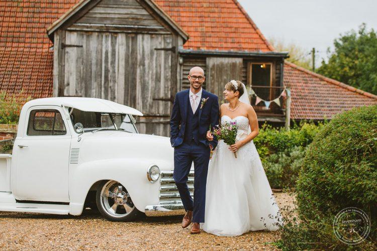 011016-moreves-barn-wedding-photographer-essex-100