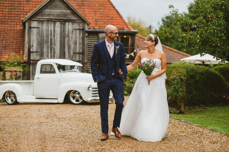 011016-moreves-barn-wedding-photographer-essex-103