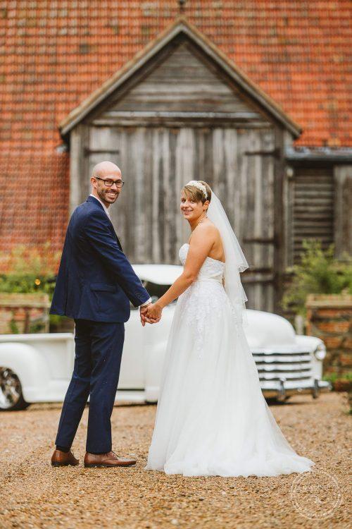 011016-moreves-barn-wedding-photographer-essex-108