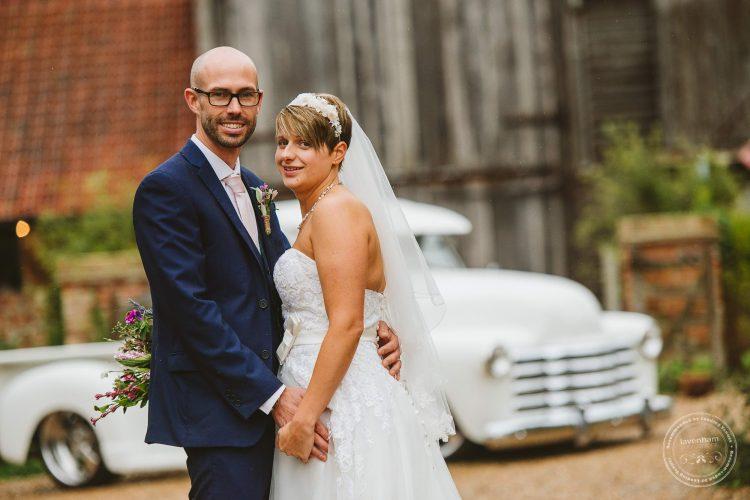 011016-moreves-barn-wedding-photographer-essex-109