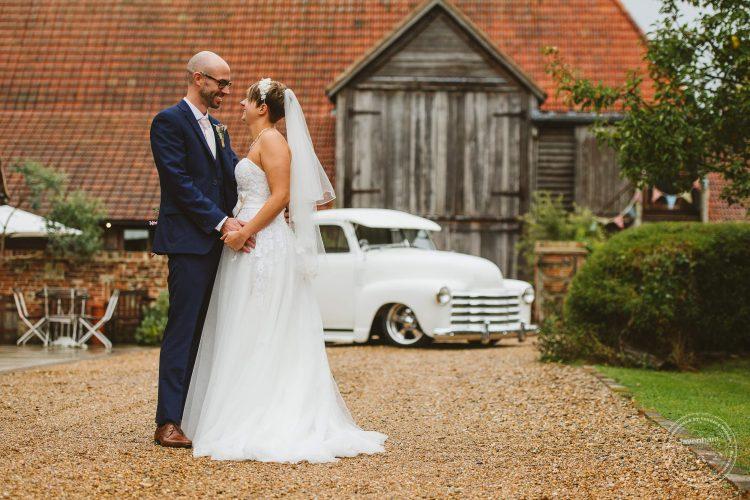 011016-moreves-barn-wedding-photographer-essex-112