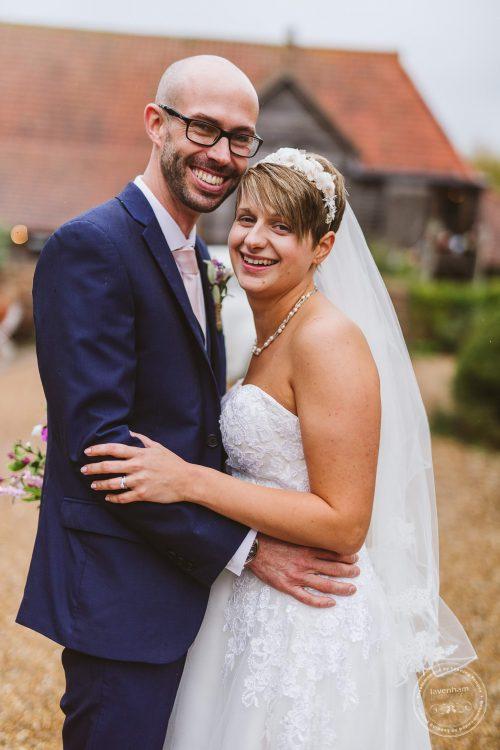 011016-moreves-barn-wedding-photographer-essex-114