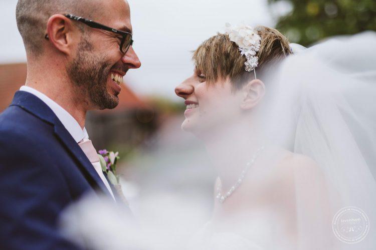 011016-moreves-barn-wedding-photographer-essex-117