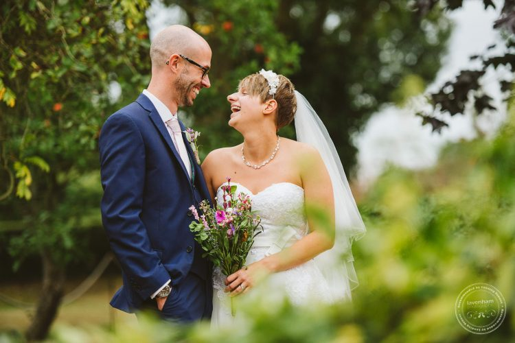 011016-moreves-barn-wedding-photographer-essex-122