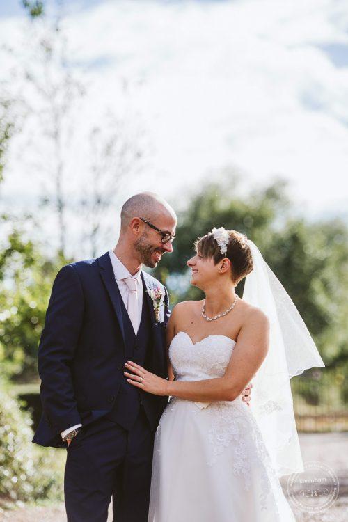 011016-moreves-barn-wedding-photographer-essex-149