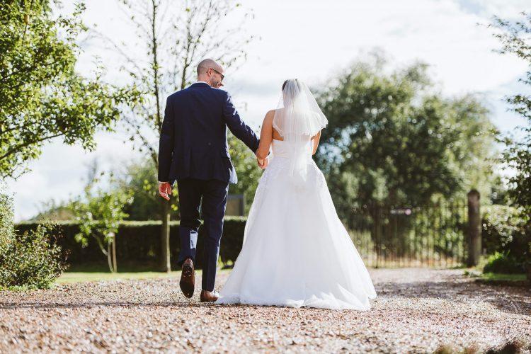 011016-moreves-barn-wedding-photographer-essex-152