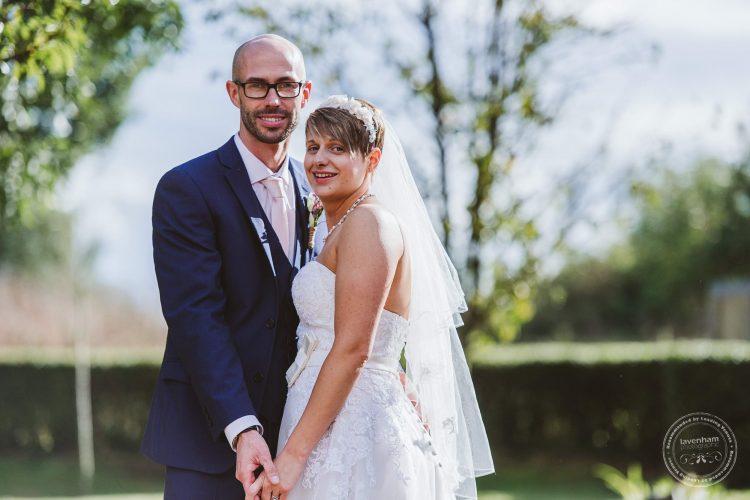 011016-moreves-barn-wedding-photographer-essex-154