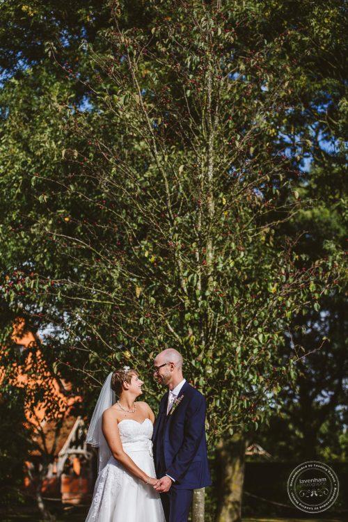 011016-moreves-barn-wedding-photographer-essex-156
