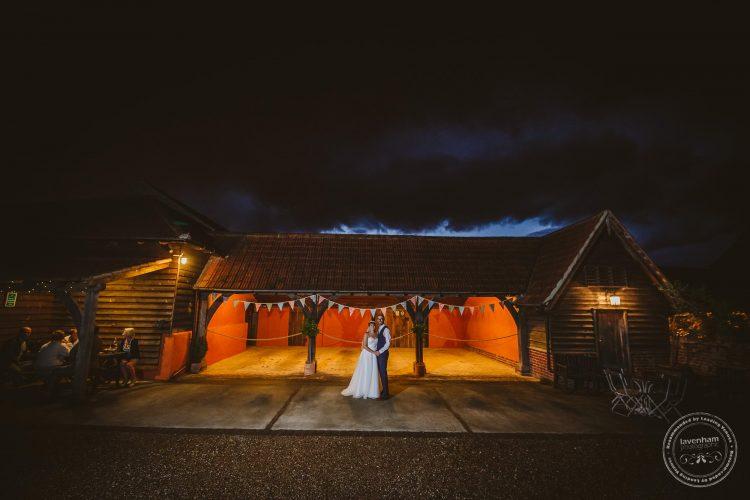 011016-moreves-barn-wedding-photographer-essex-172