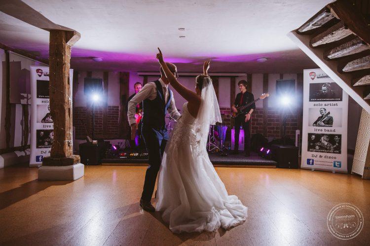 011016-moreves-barn-wedding-photographer-essex-175