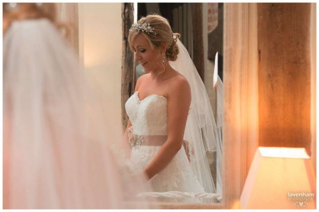 020814 Smeetham Hall Wedding Photographer Lavenham 08