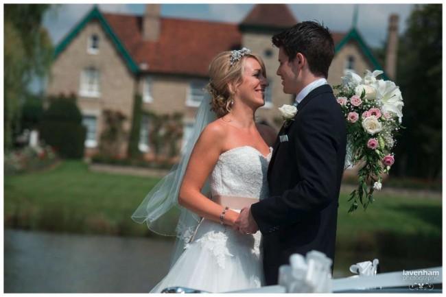 020814 Smeetham Hall Wedding Photographer Lavenham 28