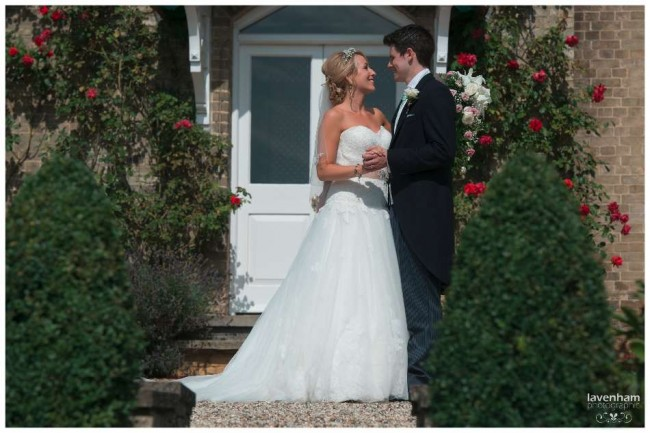 020814 Smeetham Hall Wedding Photographer Lavenham 34