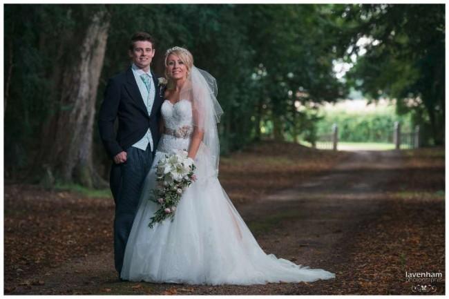 020814 Smeetham Hall Wedding Photographer Lavenham 39