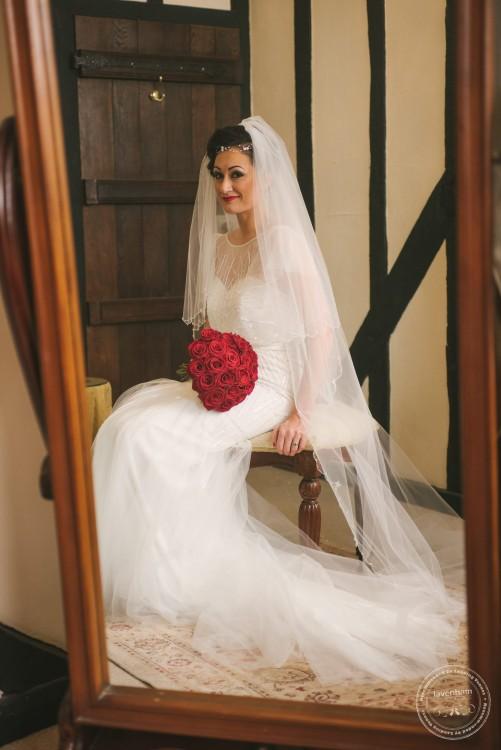 051115 Leez Priory Wedding Photographer 019