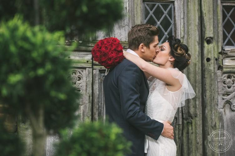 051115 Leez Priory Wedding Photographer 054