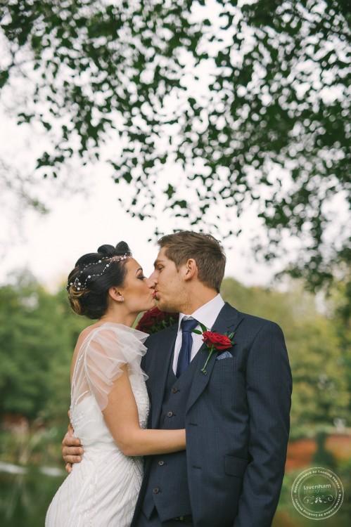 051115 Leez Priory Wedding Photographer 075