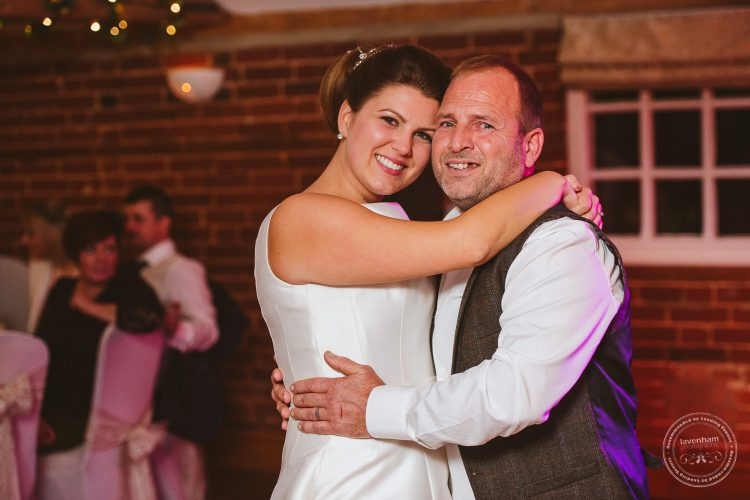 081016-kersey-mill-venue-wedding-photographer-suffolk-139