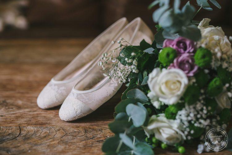 240916-dedham-le-talbooth-wedding-photographer-essex-004