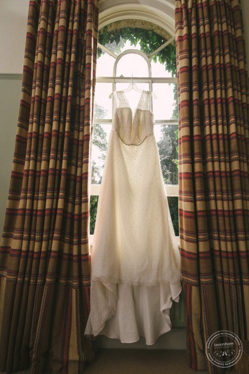 240916-dedham-le-talbooth-wedding-photographer-essex-006