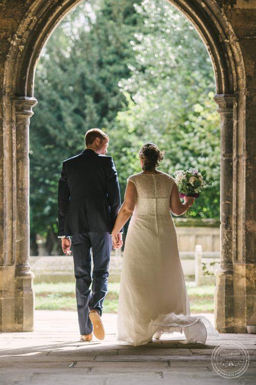 240916-dedham-le-talbooth-wedding-photographer-essex-046