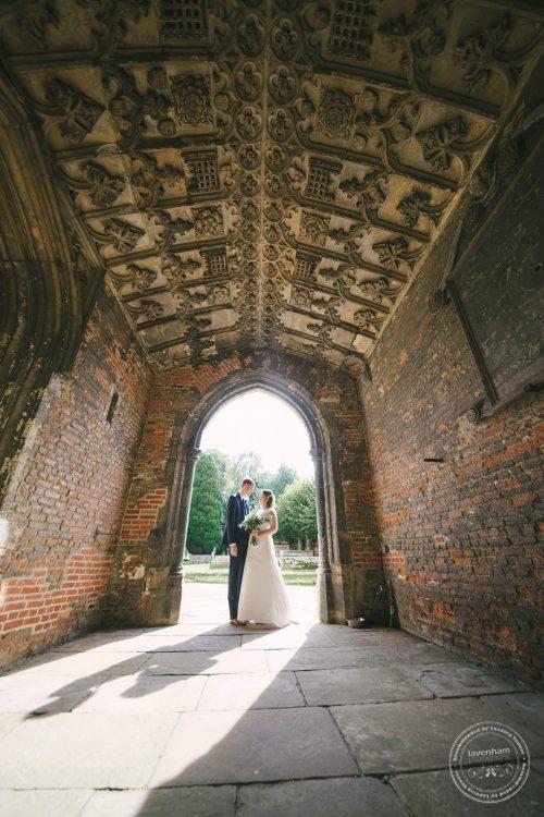 240916-dedham-le-talbooth-wedding-photographer-essex-047
