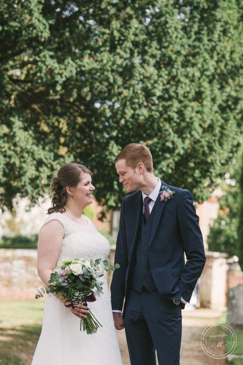 240916-dedham-le-talbooth-wedding-photographer-essex-052