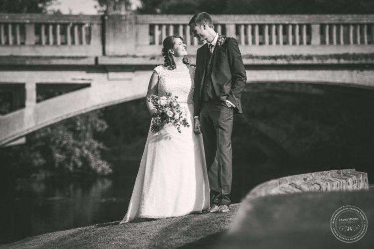 240916-dedham-le-talbooth-wedding-photographer-essex-081