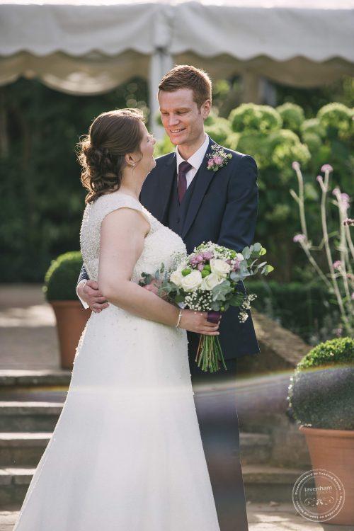 240916-dedham-le-talbooth-wedding-photographer-essex-092