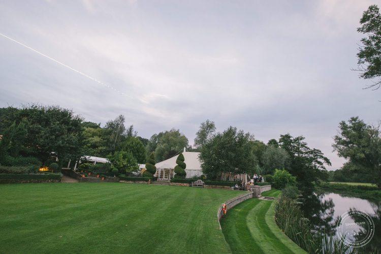240916-dedham-le-talbooth-wedding-photographer-essex-105