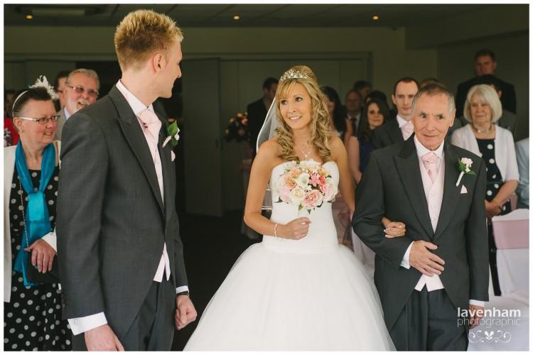 260615 Stoke by Nayland Wedding Photographer Lavenham 032