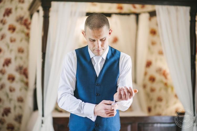 301015 Leez Priory Wedding Photographer 005
